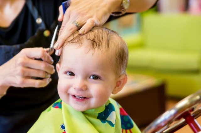 Child friendly hairdressing image by Rob Hainer (via Shutterstock).